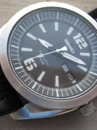"Seiko ""Big Freakin' Seiko"" SNKF 07K1 Watch - snkf-07k1-1.jpg - theshadow"